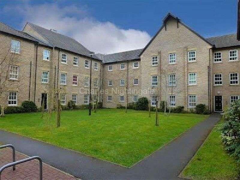 2 Bedrooms Apartment Flat for sale in Gale Close, Littleborough, Lancashire. OL15 9EJ