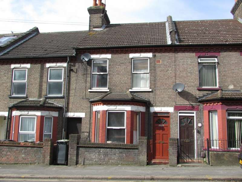 3 Bedrooms Terraced House for sale in Hitchin Road, Luton, Bedfordshire, LU2