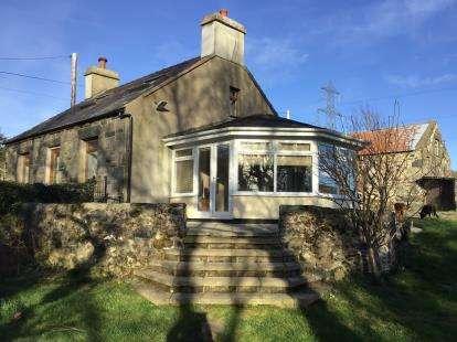 4 Bedrooms Detached House for sale in Waunfawr, Caernarfon, Gwynedd, LL55