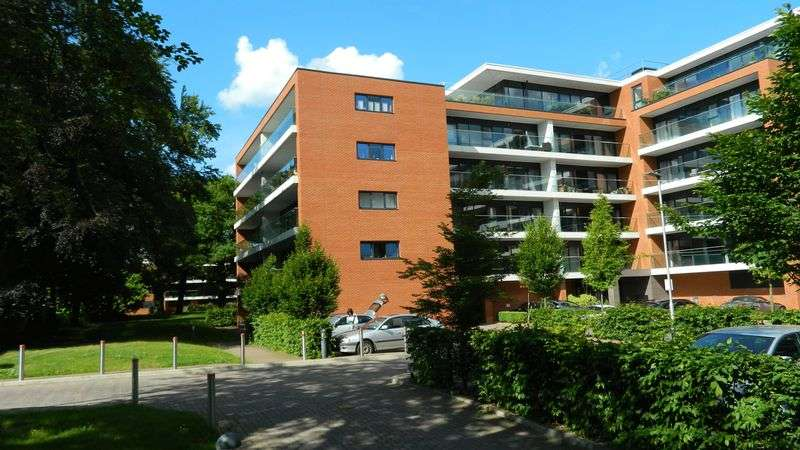 1 Bedroom Property for sale in Carruthers Court, Racecourse Road, Newbury
