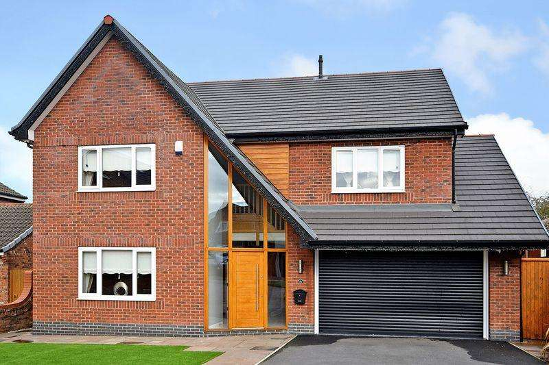 5 Bedrooms Detached House for sale in Cedardale Park, WIDNES