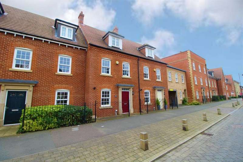 4 Bedrooms Town House for sale in Greenkeepers Road, Great Denham, MK40