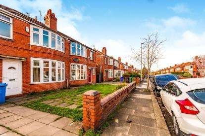 3 Bedrooms Semi Detached House for sale in Fairholme Road, Manchester, Greater Manchester
