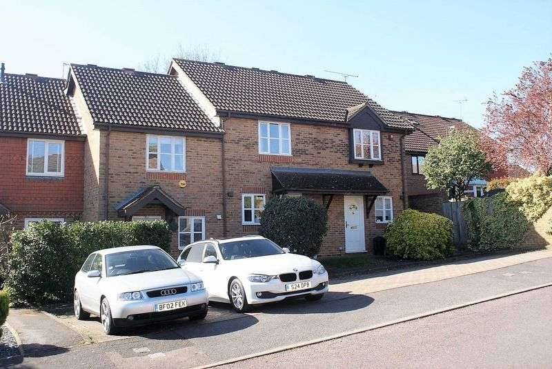 2 Bedrooms Property for sale in Coleridge Close, Twyford