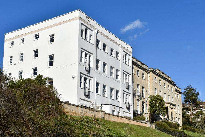 2 Bedrooms Apartment Flat for sale in Cornwallis Grove, Clifton