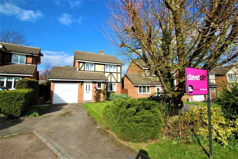 3 Bedrooms Detached House for sale in Farley Copse, Binfield, RG42