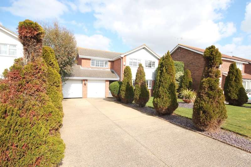 4 Bedrooms Detached House for sale in Hunt Way, Kirby Cross