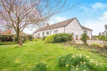 4 Bedrooms Bungalow for sale in Penmynydd, Anglesey, Sir Ynys Mon, LL61
