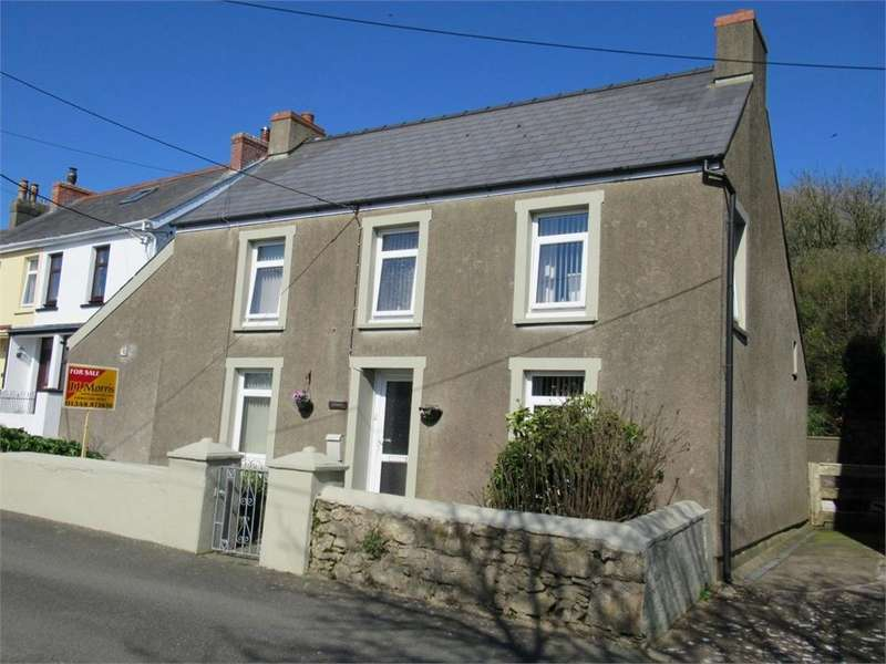 4 Bedrooms Detached House for sale in Brynffynnon, Nantyffynon, Stop and Call, Goodwick, Pembrokeshire