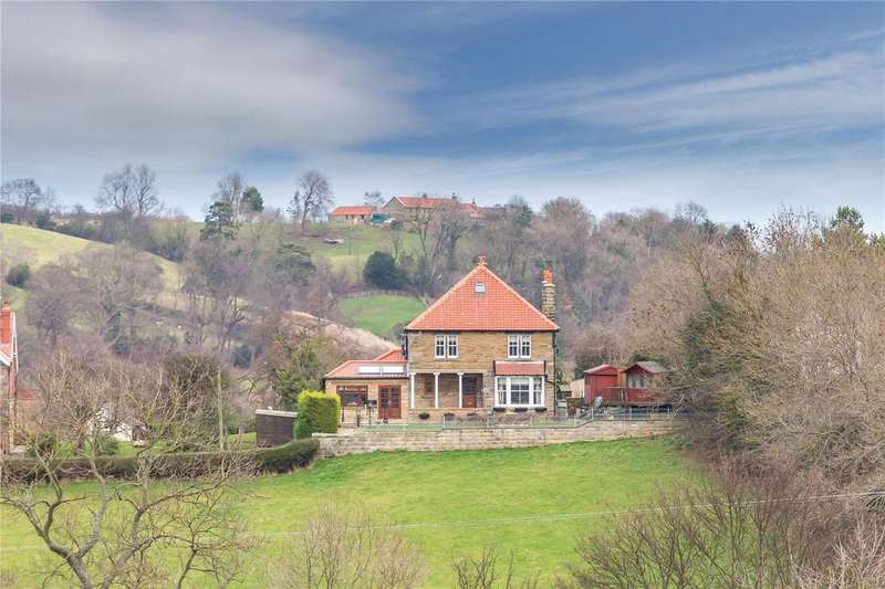 6 Bedrooms Unique Property for sale in Echo Hill, Sleights, Whitby, North Yorkshire, YO22
