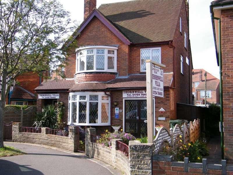 11 Bedrooms Detached House for sale in 8 Glentworth Crescent, Skegness