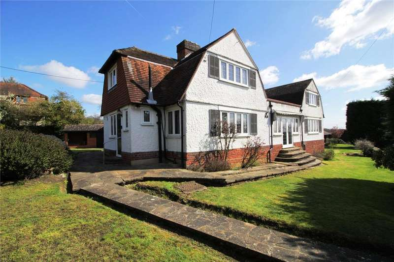 4 Bedrooms Detached House for sale in South Hill, Langdon Hills, Essex, SS16