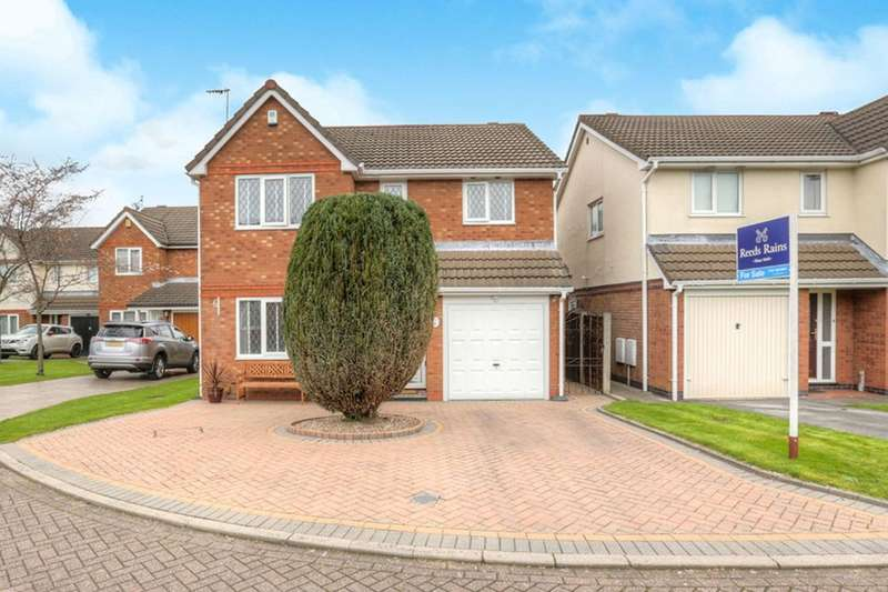 4 Bedrooms Detached House for sale in Tanyard Green, South Reddish, Stockport, SK5