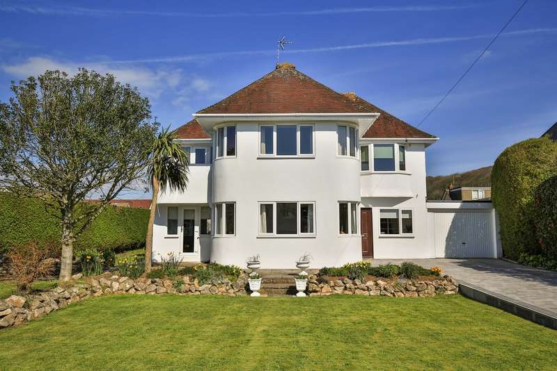 4 Bedrooms Detached House for sale in Danygraig Avenue, Porthcawl