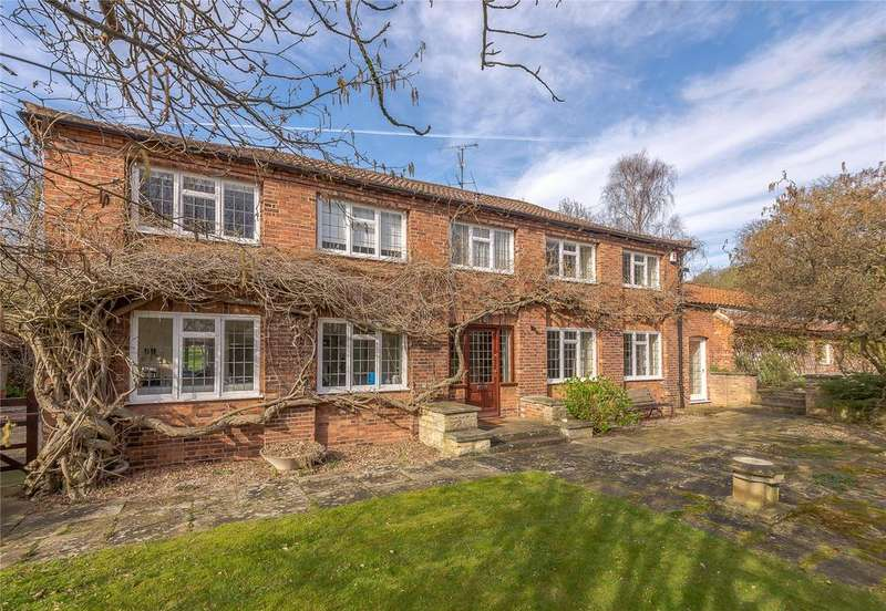 4 Bedrooms Detached House for sale in The Orangery, Burton, Lincoln, LN1