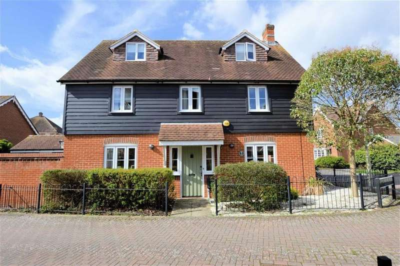 4 Bedrooms Detached House for sale in Clarendon Rise, Tilehurst, Reading