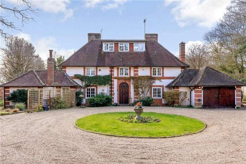 5 Bedrooms Detached House for sale in Shurlock Row, Reading, Berkshire, RG10