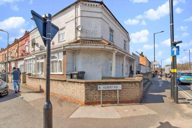 6 Bedrooms Terraced House for sale in Albert Road, Birmingham, West Midlands, B33 9BD