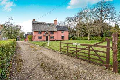 3 Bedrooms Detached House for sale in Ashfield, Stowmarket, Suffolk