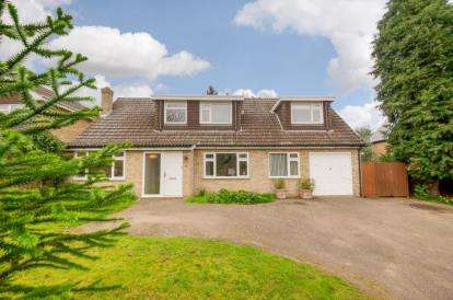 4 Bedrooms Detached House for sale in Molivers Lane, Bromham, Bedford, Bedfordshire