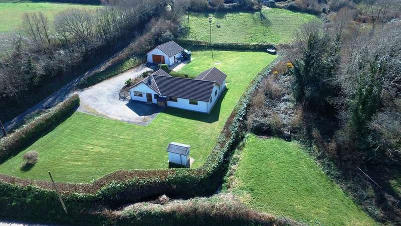 5 Bedrooms Detached Bungalow for sale in Sunwell Lane, Antony