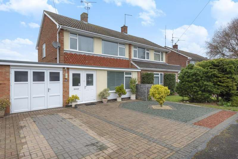 3 Bedrooms House for sale in Clifton Rise, Windsor, SL4