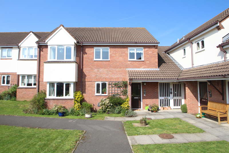 3 Bedrooms Flat for sale in Grange Close North, Henleaze, Bristol BS9 4AZ
