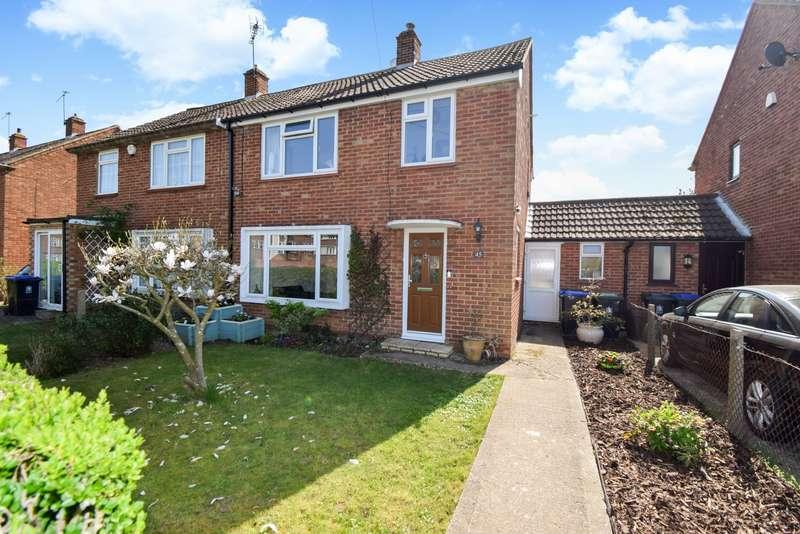 3 Bedrooms Semi Detached House for sale in Wyndham Crescent, Burnham, SL1