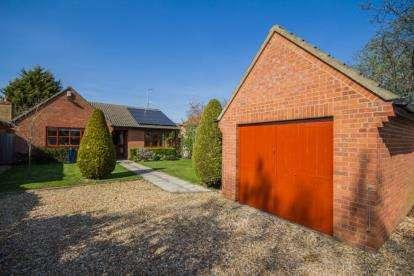3 Bedrooms Bungalow for sale in Cambridge, Cambridgeshire