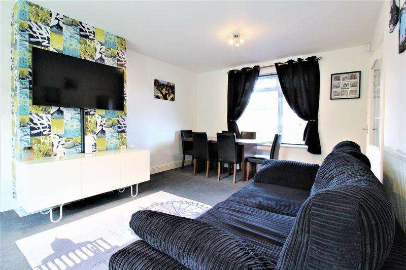 3 Bedrooms Semi Detached House for sale in IMMACULATE THREE BEDROOM PROPERTY on Eaton Valley Road