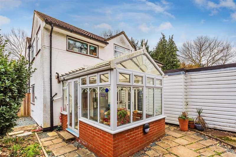 4 Bedrooms Semi Detached House for sale in Brookside, Tilburstow Hill Road, Godstone, Surrey, RH9