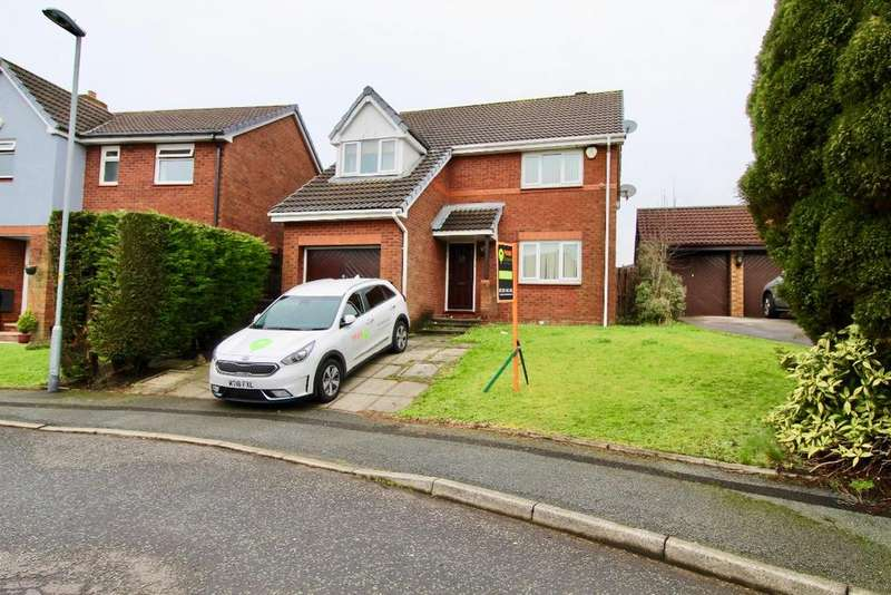 4 Bedrooms Detached House for rent in Crowshaw Drive