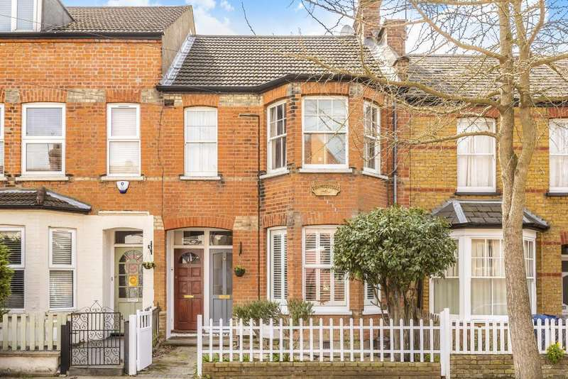 3 Bedrooms Flat for sale in Dale Grove, North Finchley, N12