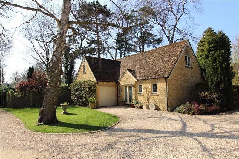 3 Bedrooms Detached House for sale in Rivington Glebe, Little Compton, Gloucestershire, GL56