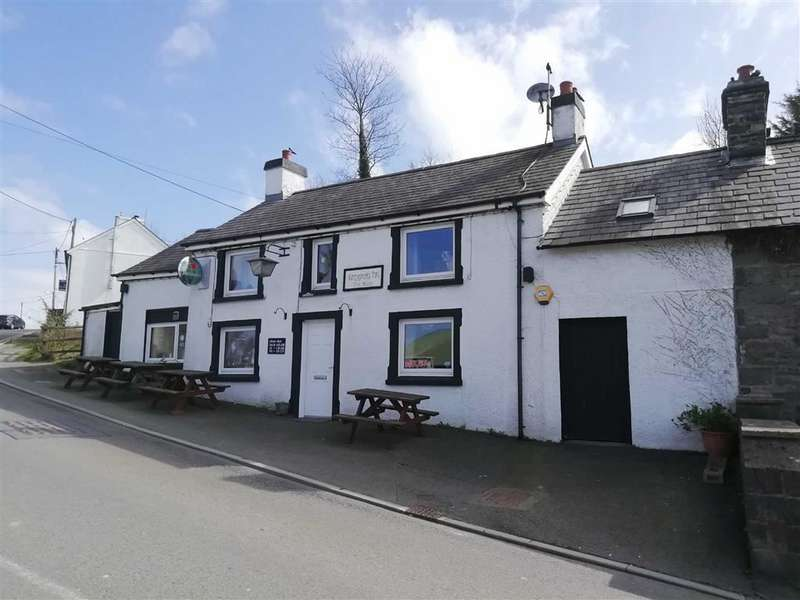 2 Bedrooms Pub Commercial for sale in Llanybydder