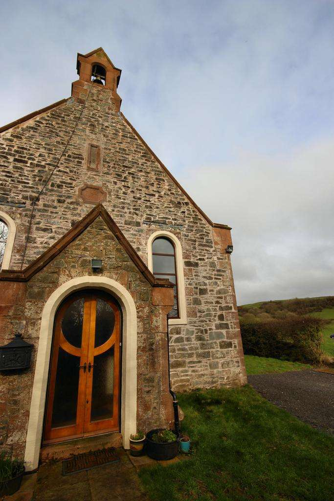 6 Bedrooms Detached House for sale in Tarff Church Twynholm, Kirkcudbright DG6