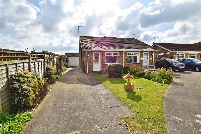 1 Bedroom Bungalow for sale in Martin Way, Winthorpe, Skegness