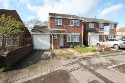 4 Bedrooms Detached House for sale in Wiltshire Avenue, Yate, Bristol, Gloucestershire