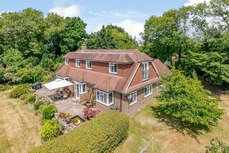 5 Bedrooms Detached House for sale in Marringdean Road, Billingshurst, West Sussex