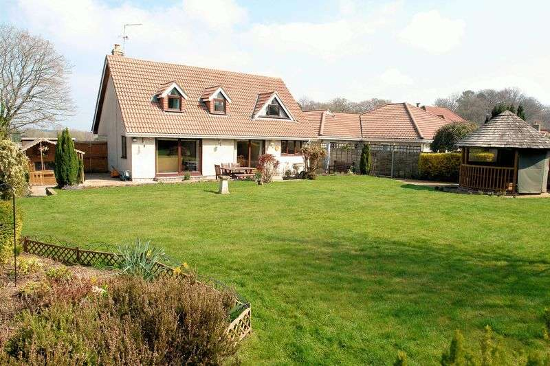 4 Bedrooms Property for sale in Clevedon Road, Failand