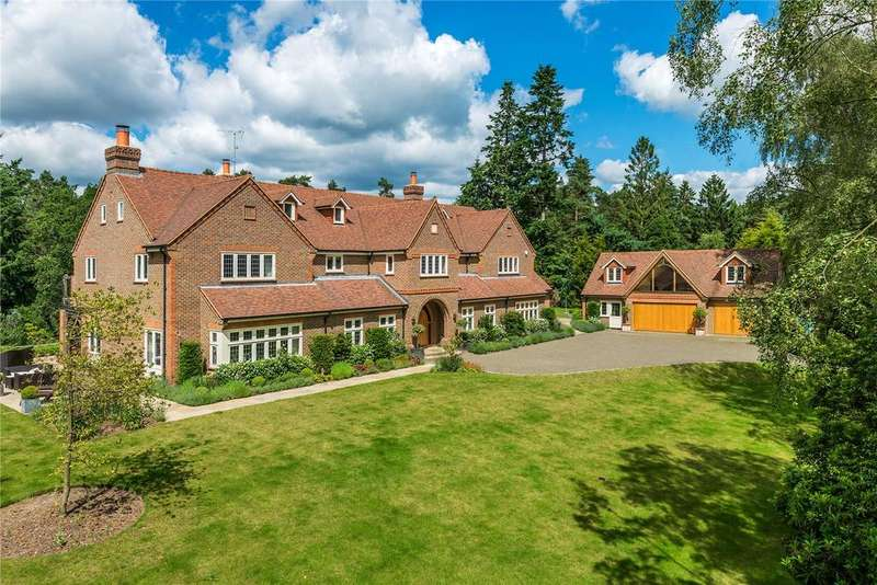 5 Bedrooms Detached House for sale in Temples Close, Farnham, Surrey