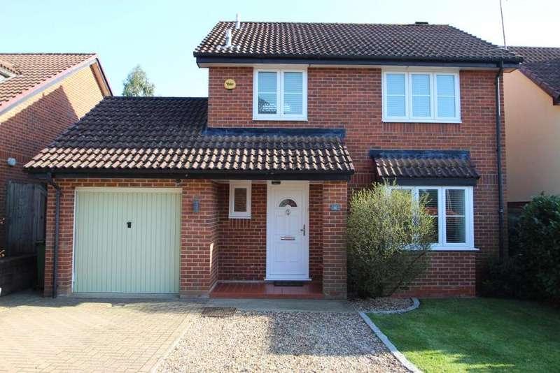 3 Bedrooms Detached House for sale in Wiggett Grove, Binfield, RG42
