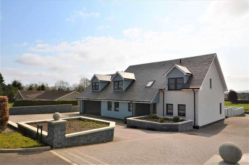 5 Bedrooms Detached House for sale in Meadow View, Fossoway