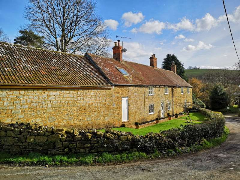4 Bedrooms Detached House for sale in Compton Abbas, Shaftesbury, Dorset, SP7