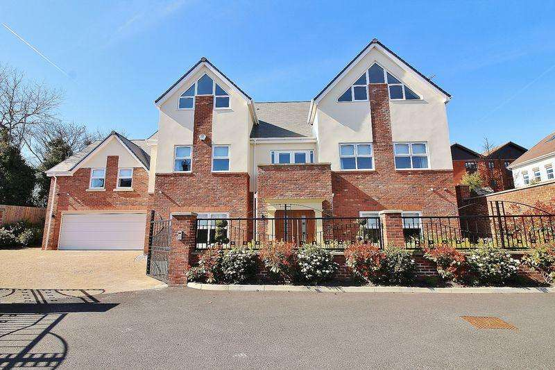 6 Bedrooms Detached House for sale in Dunes Close, Ainsdale