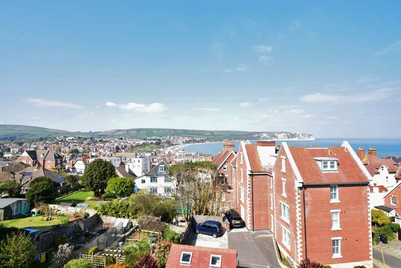 6 Bedrooms Semi Detached House for sale in Swanage