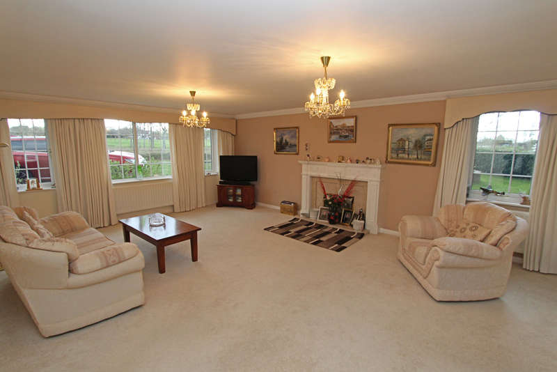5 Bedrooms Detached House for sale in Skylark Meadows, Fareham