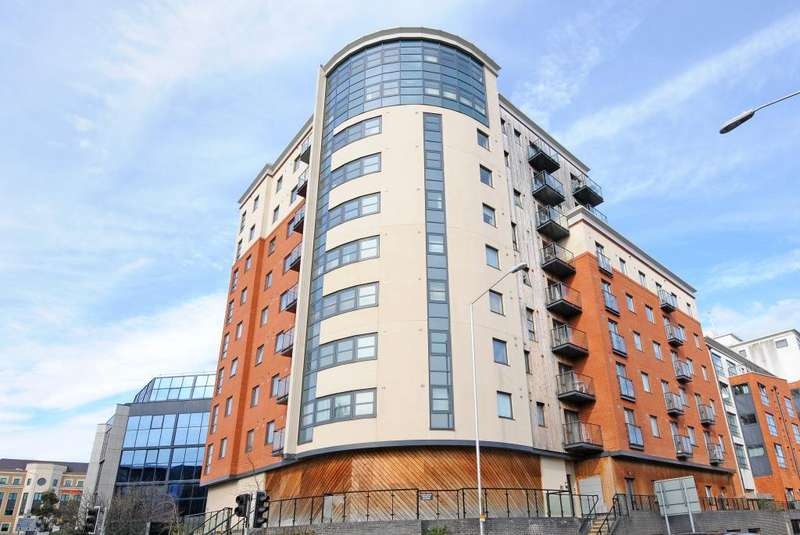 2 Bedrooms Flat for sale in Watlington Street, Reading, RG1