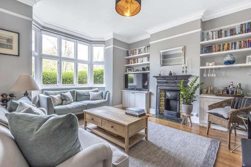 2 Bedrooms Maisonette Flat for sale in Magdalen Road, Earlsfield