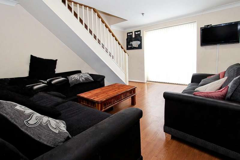 2 Bedrooms End Of Terrace House for sale in Eagle Drive, London